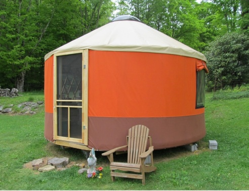 Small and spare yurts from Blue Ridge Yurts. In addition to this little guy, Blue Ridge Yurts has a varied collection of larger yurts for residential, festival, and campground living. (Photo: Blue Ridge Yurts)