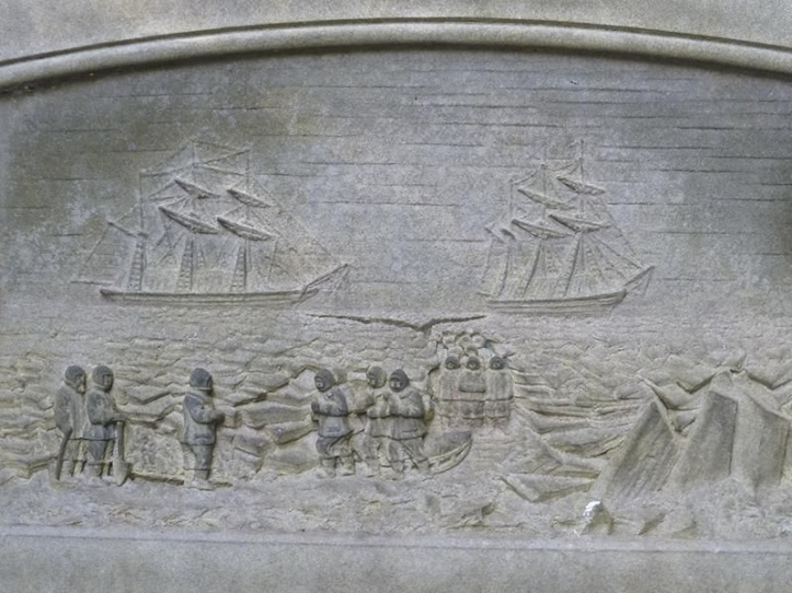 A stone etching on Lt. John Irving's grave shows the grim conditions sailors faced in the Arctic. (Photo: Kim Traynor, via Wikimedia Commons)